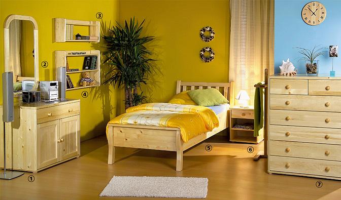 interiér s nábytkem z masivního dřeva
